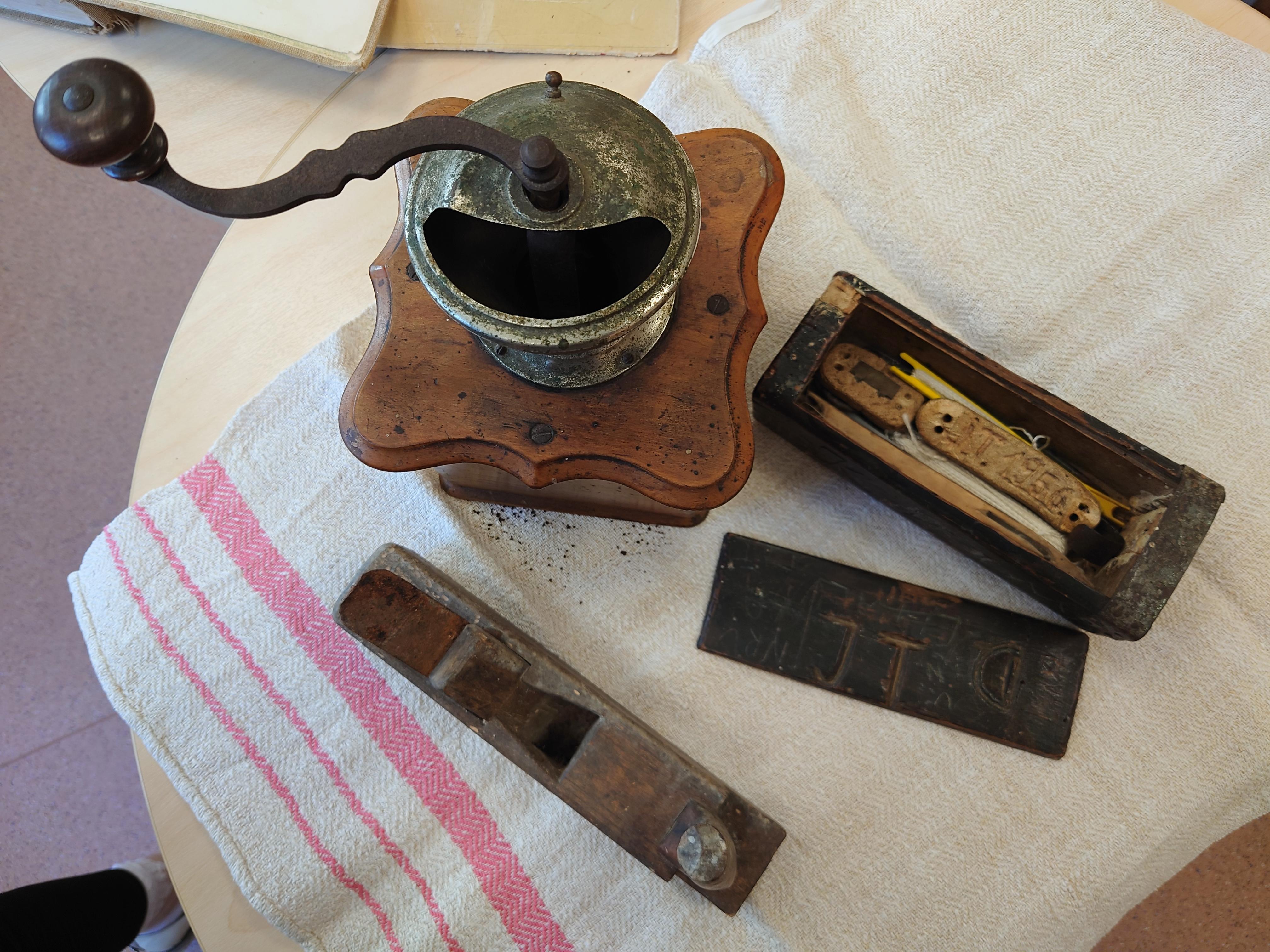 Vanade asjade näituse eksponaadid